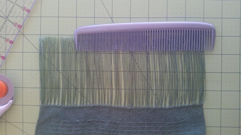 Comb the fringe